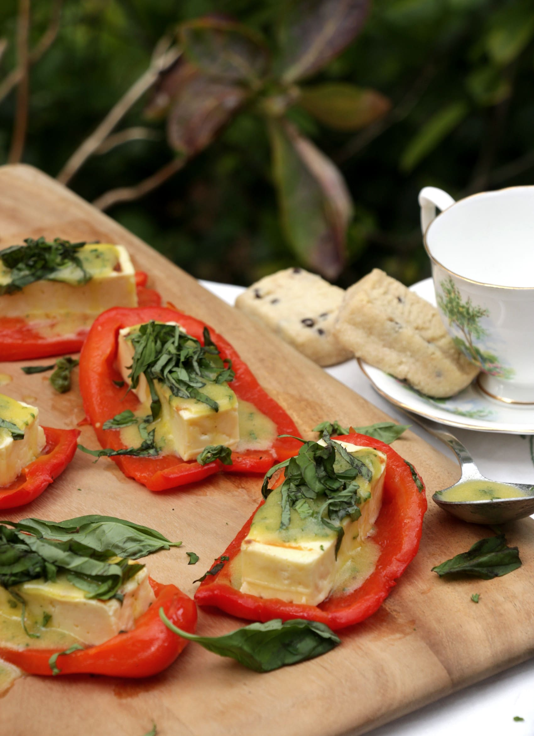 Grilled Halloumi Cheese with Roasted Red Peppers