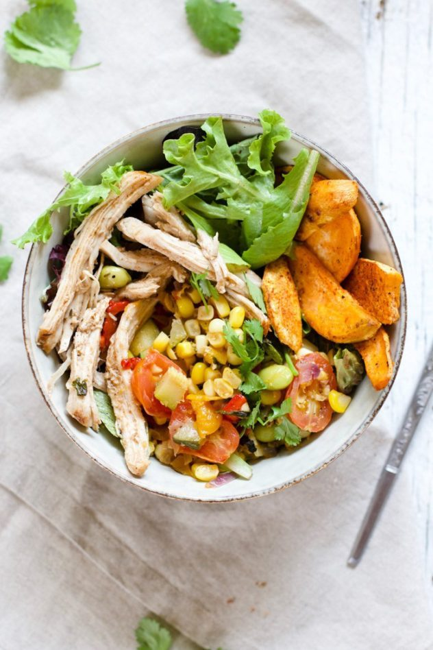Summery-Pulled-Pork-and-Veggie-Bowls