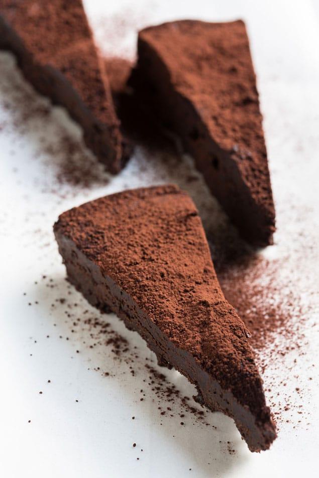 flourless chocolate cake-02