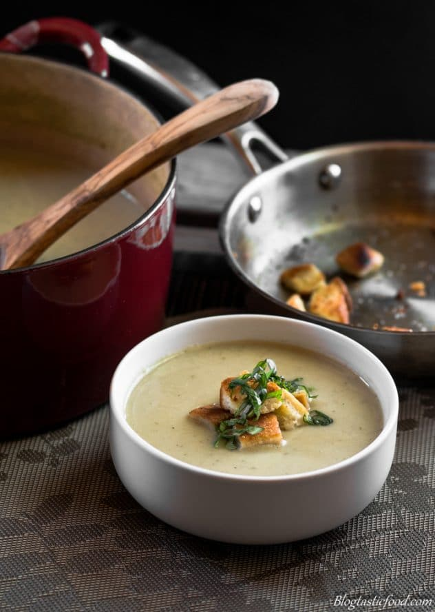 Roasted cauliflower and leek soup marked (1 of 1)