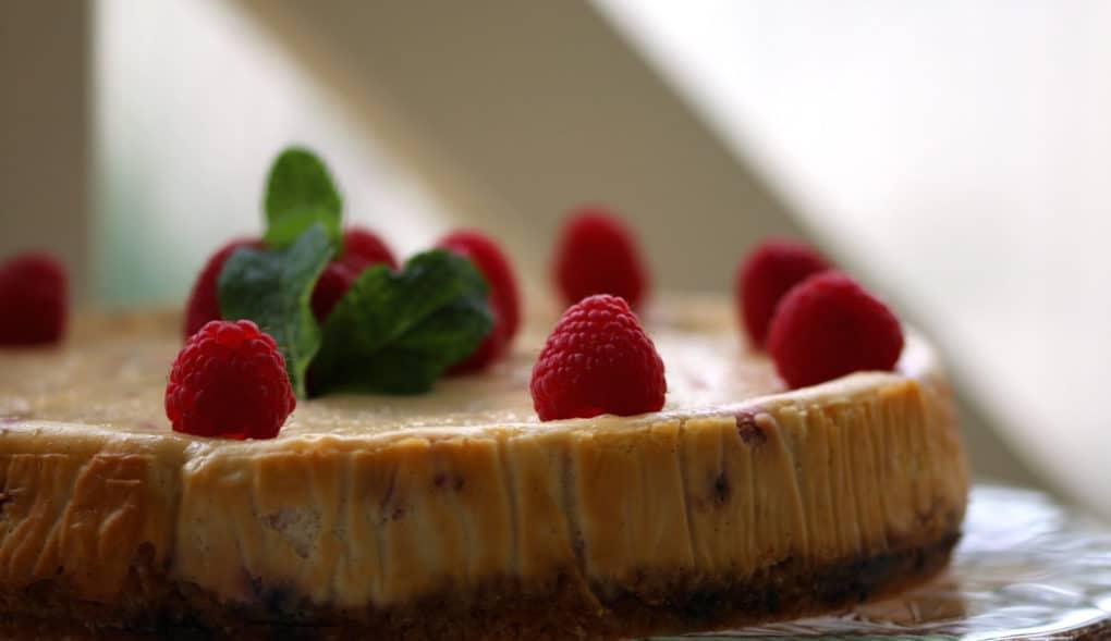 Gluten free baked Raspberry Cheesecake 11