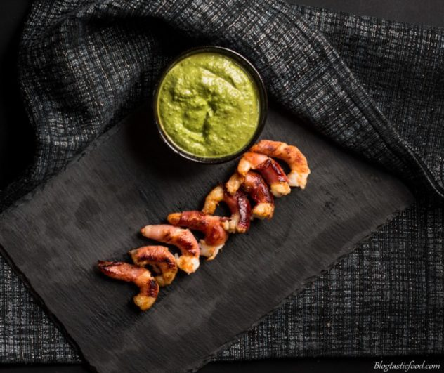 These prosciutto wrapped prawns are great to serve to guests as a starter, leaving them wanting more.