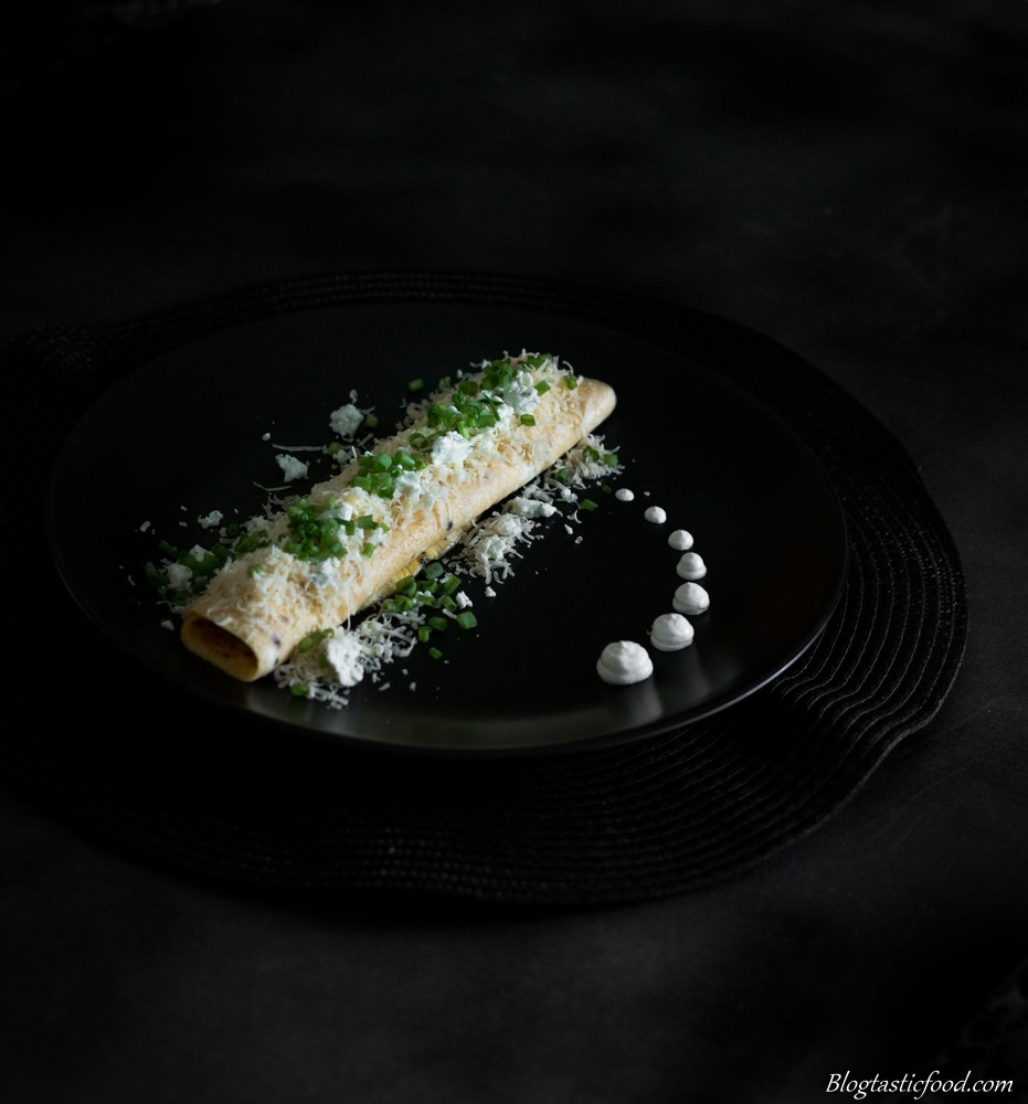 Cheesy Omelette served with Sour Cream